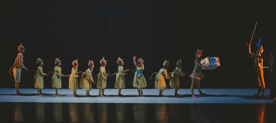 Suzhou Ballet interprets The Nutcracker