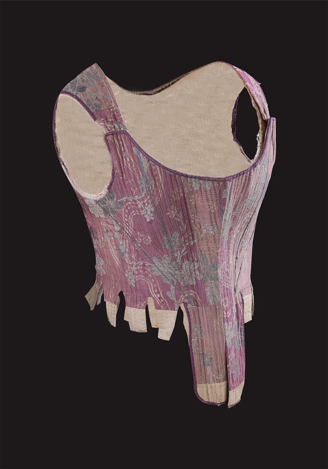 Hangzhou silk museum broadens its focus and appeal