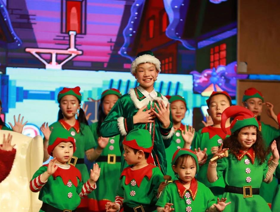Elf musical takes to the stage at last
