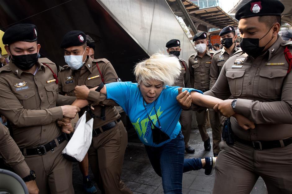 Thai woman gets record lese majeste jail sentence