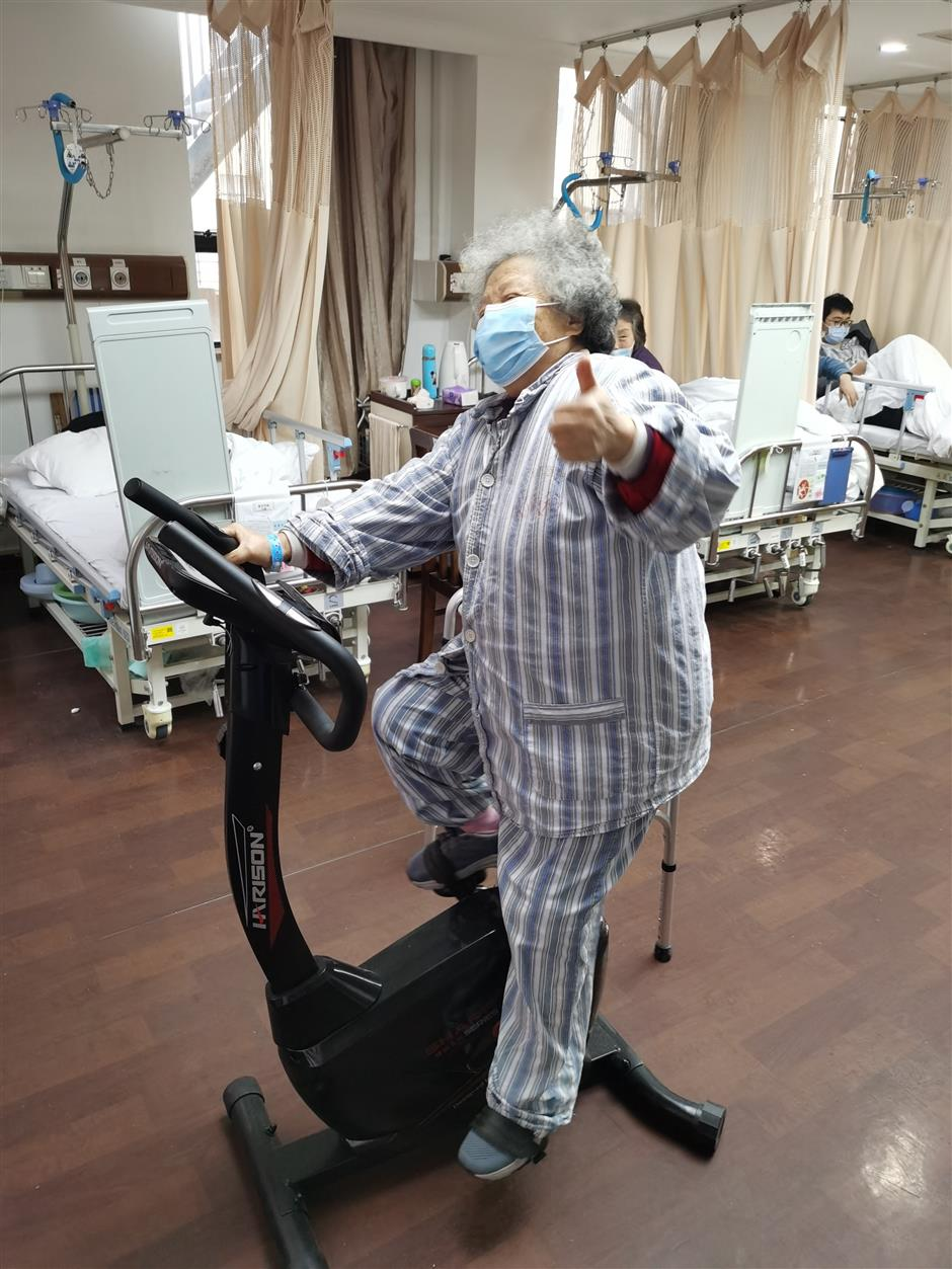 Hospitals functioning normally under closed-loop management