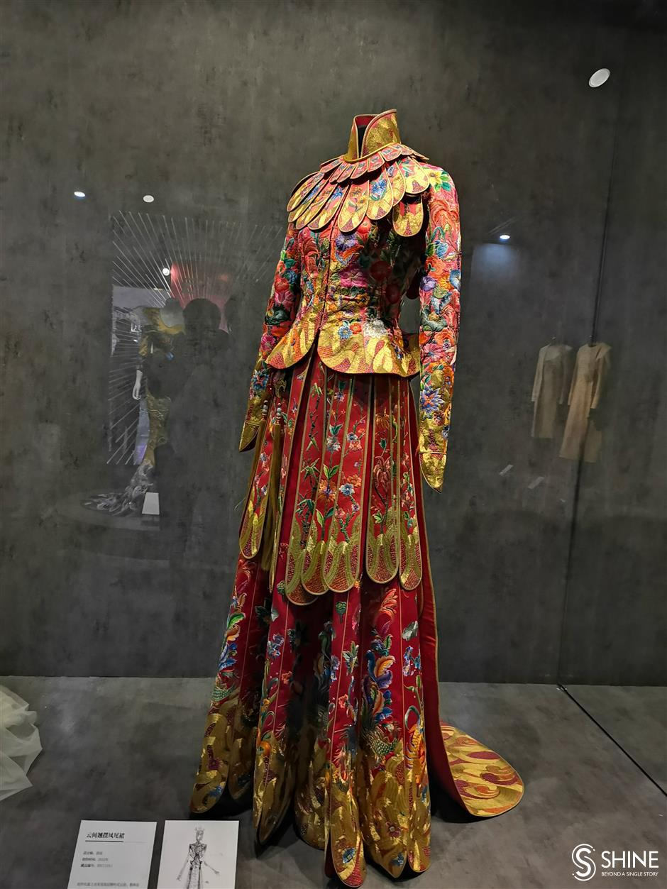 Tradition looms large at fashion exhibition