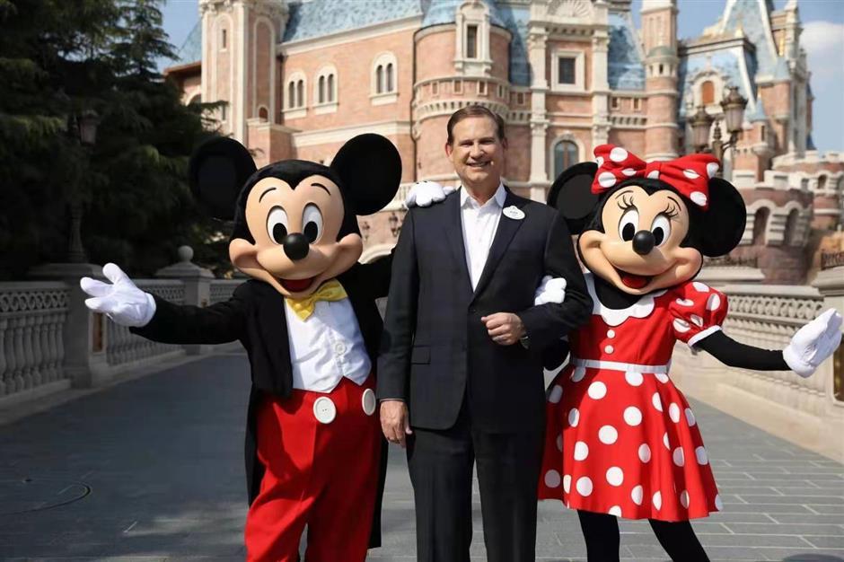 Shanghai Disney prepares for Spring Festival gala