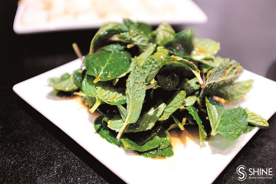 Taste of Yunnan prevails despite ambience change