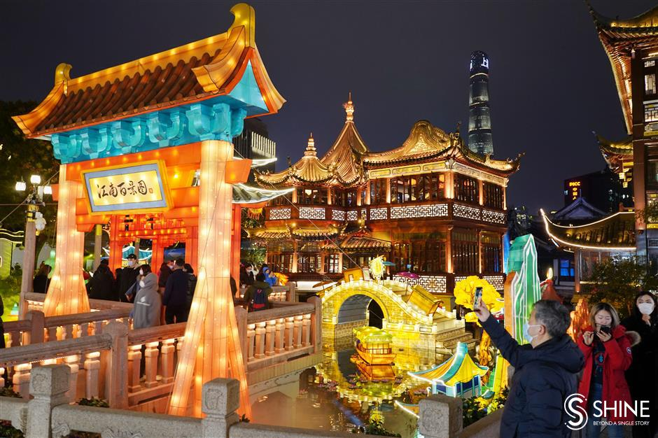 Tickets required for upcoming Yuyuan Garden Lantern Festival shows