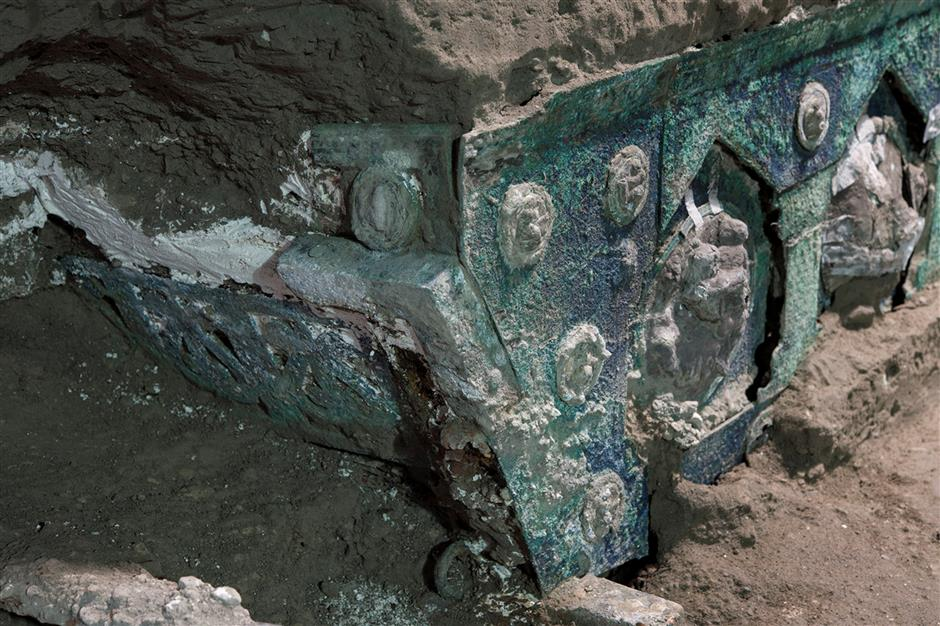 Rare ceremonial chariot unearthed near Pompeii