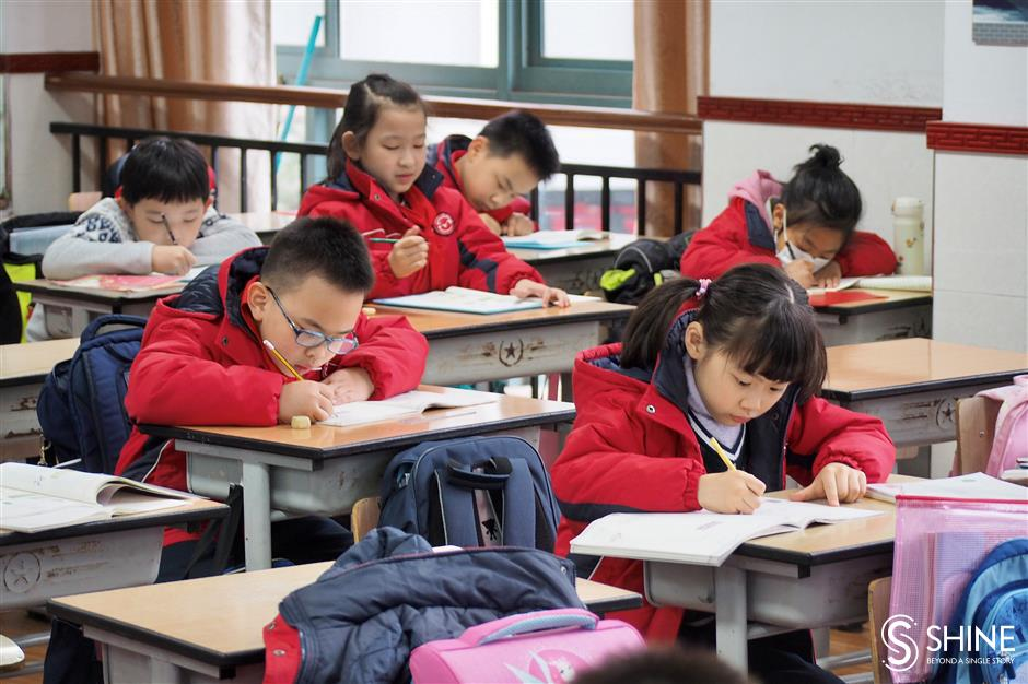 Students happy with longer hours at school