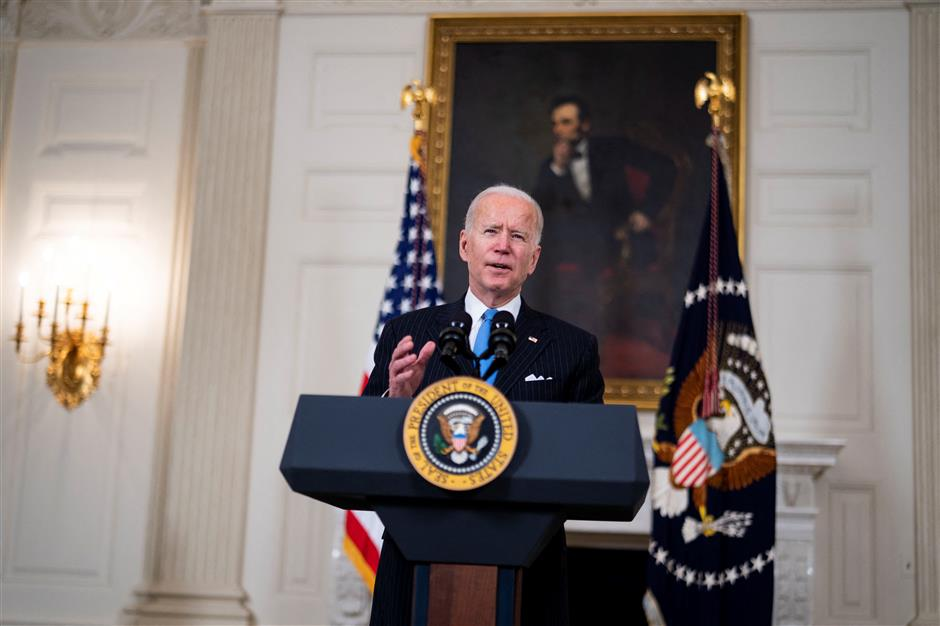 Biden sees faster US vaccine timeline as pharma giants join forces