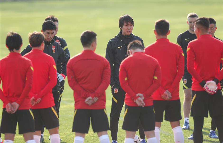 China coach says door open to everyone as injuries strike