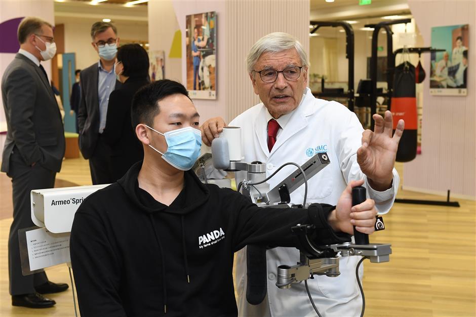 Stroke rehabilitation center looks to Germany for better results