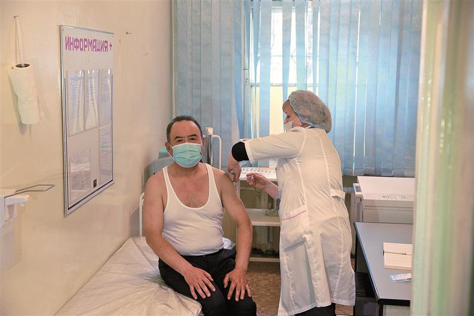Chinese vaccines a shot in the arm in a global battle