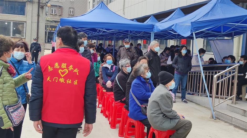 Why China vaccinates its younger population first