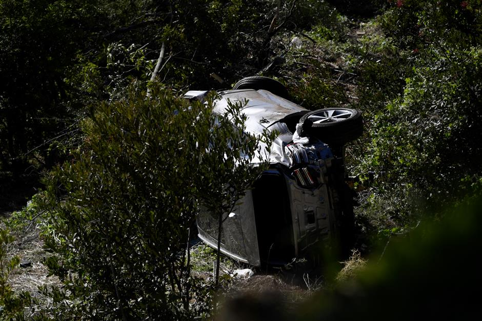 Tiger Woods may have hit accelerator instead of brake in high-speed crash