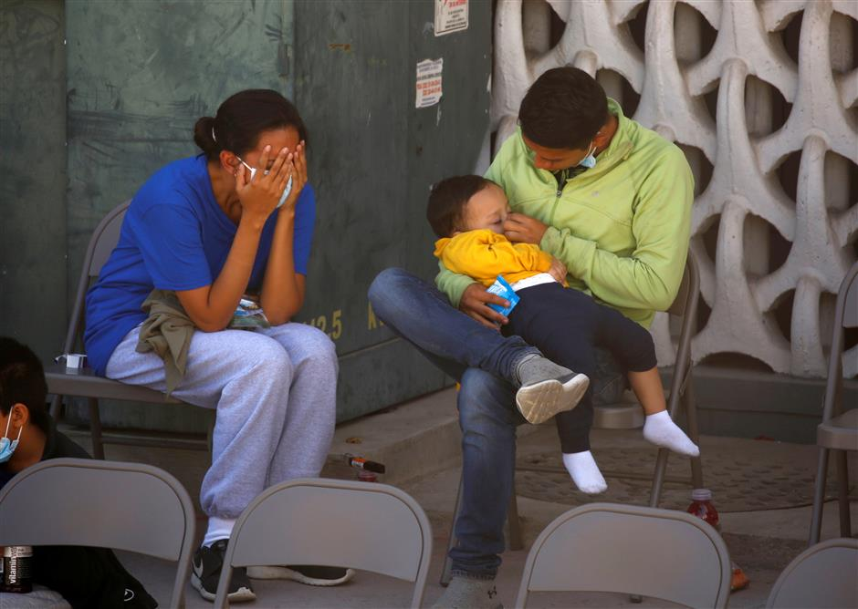 US reviews more separated migrant family cases