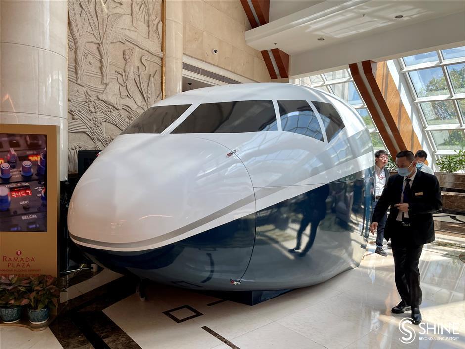 Livestreaming at Pudong Airport boosts post COVID-19 volumes