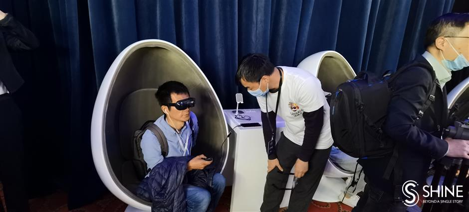 Huawei launches into virtual reality music