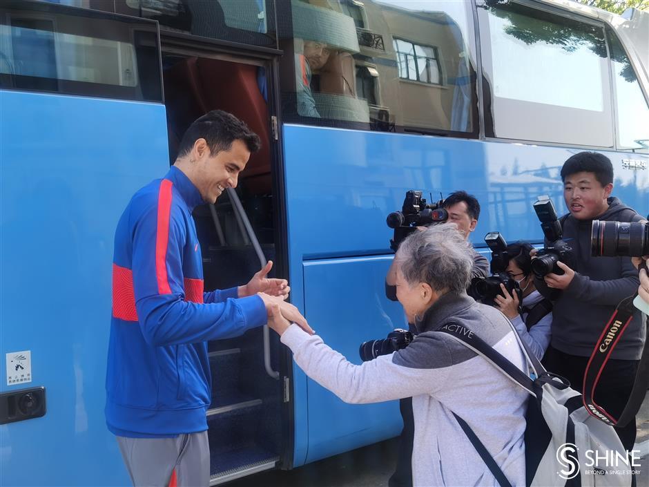 Shanghai Shenhua gets ready for new CSL season