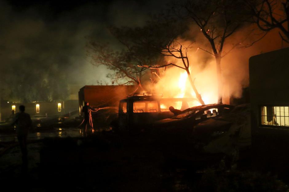 4 killed, over dozen injured in SW Pakistans hotel bomb blast