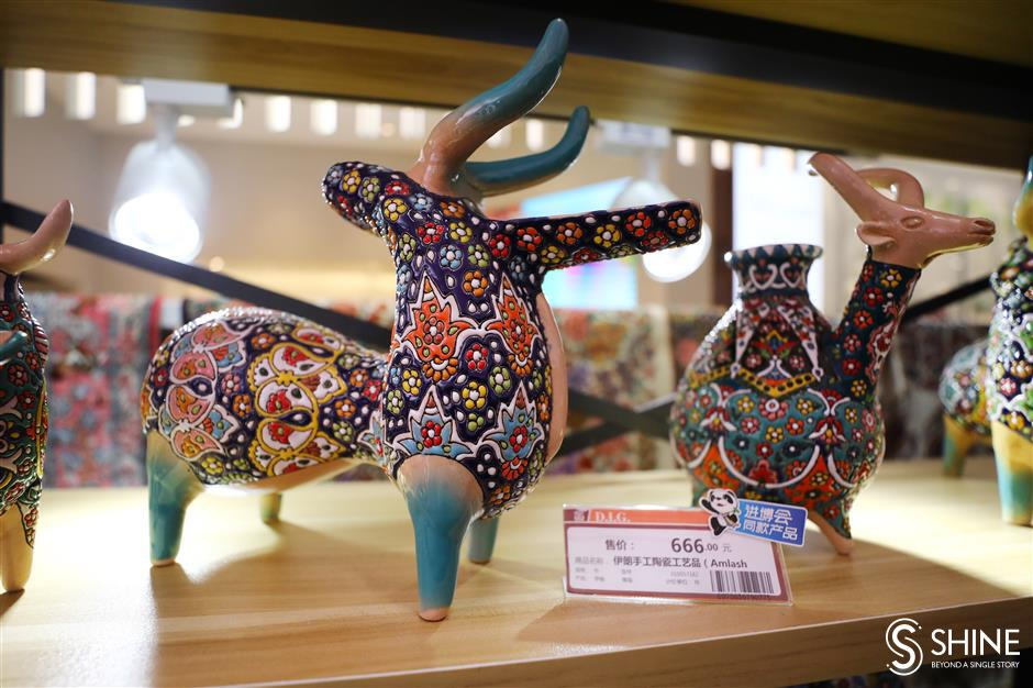 Pudong shopping festival opens with pop-up fairs