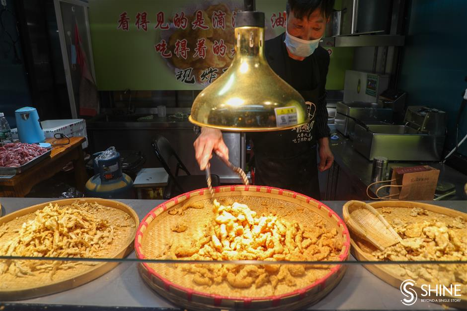 More food stalls, attractions and parking atQibao Night Market