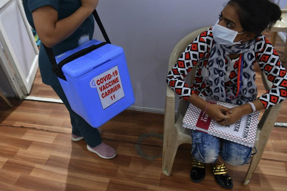 Lifesaving oxygen aid arrives in India as death toll hits new record
