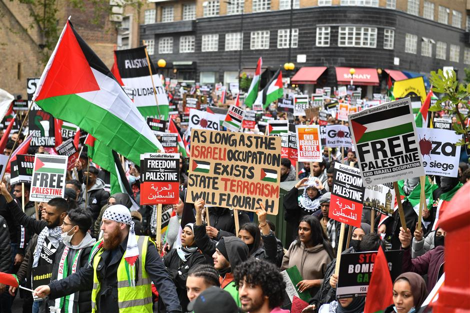 Thousands march across Europe, US in support of Palestinian cause