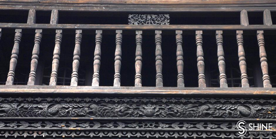 Old mansions delicate woodcarving exemplifies the passing of an era