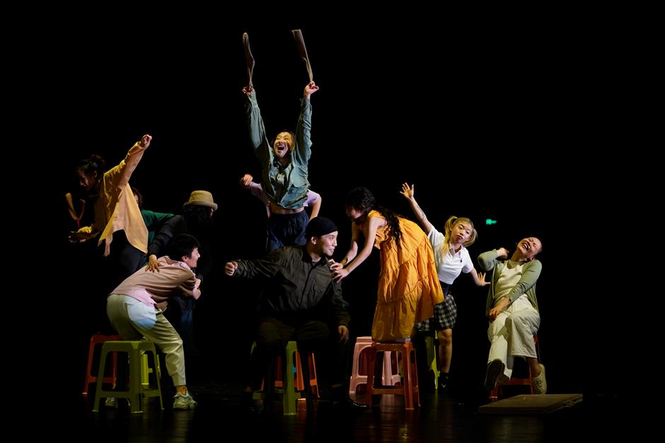 Show bravely comes to stage, despite cast deaths