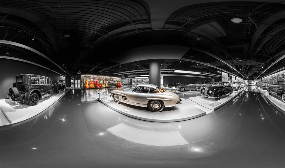 Hu breathes life into museum's oldest cars