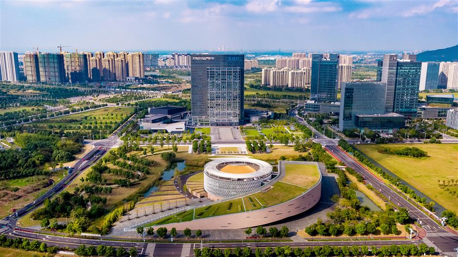 Shanghai and Suzhou strengthen cooperation