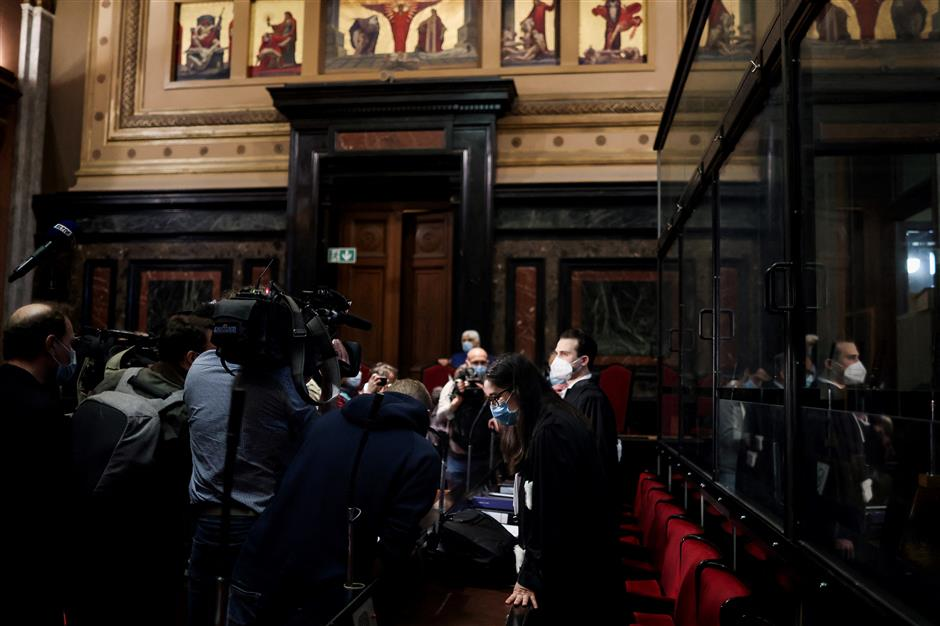 AstraZeneca in flagrant violation of contract: EU