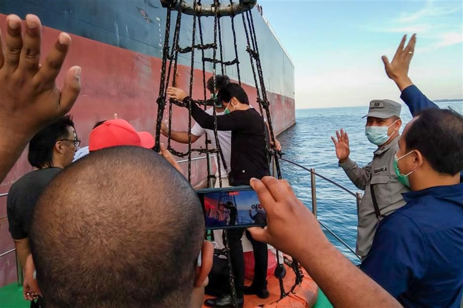 Iranian tanker, Panama vessel released after Indonesia trial