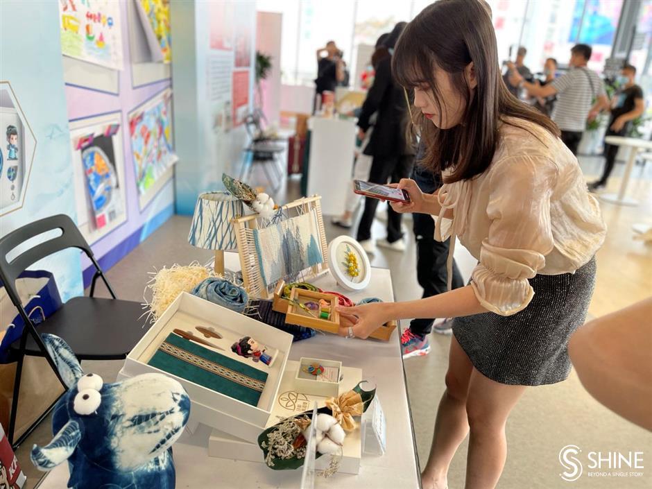 Xuhui specialties to become city souvenirs