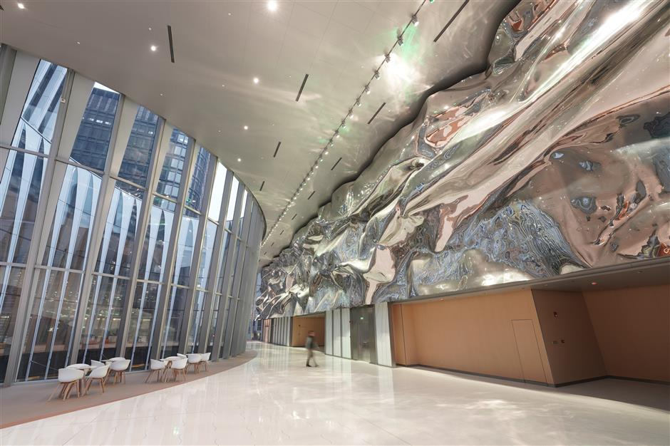 Qiantan Center offers a show of the irresistable temptation of art