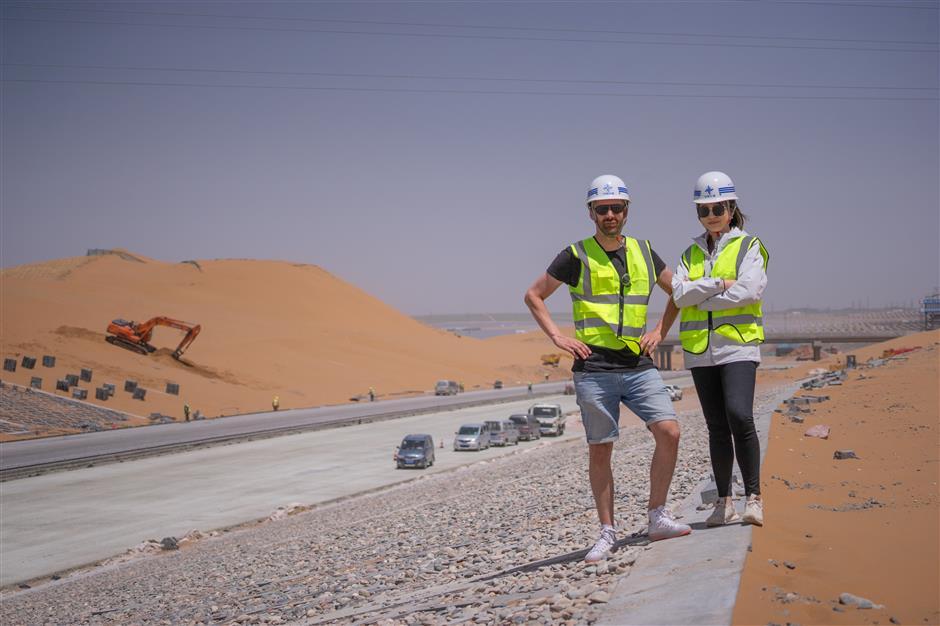 Road trip! Cruising down China's newest cross-desert expressway