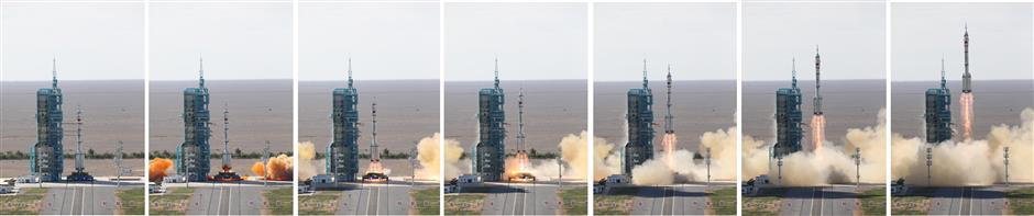 China's space crew enter space station core module