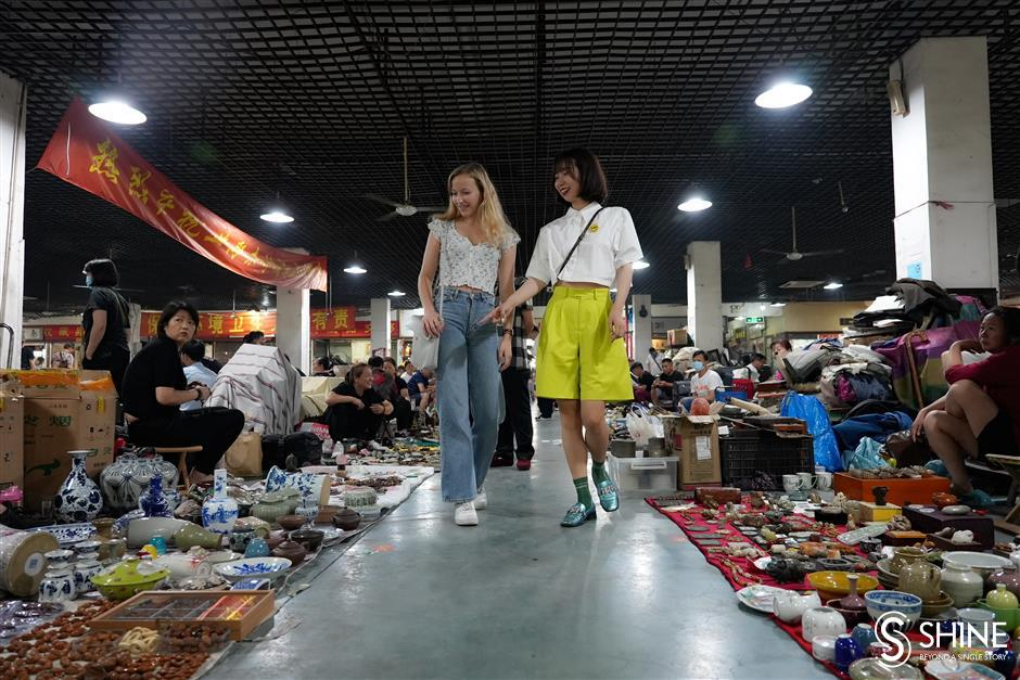 Journey into the past at Juqi Antique Market