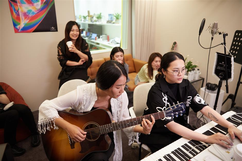 Songwriting camp exclusively for female musicians