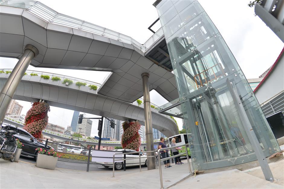 Elevators for pedestrian bridge provide convenience, safety