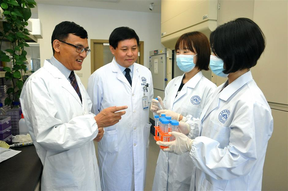 Shanghai research team finds success in combining drugs to treat liver cancer