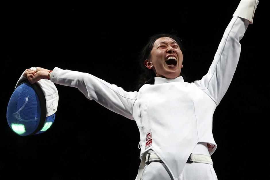 Chinese fencer Sun wins women's epee individual gold at Tokyo Olympics