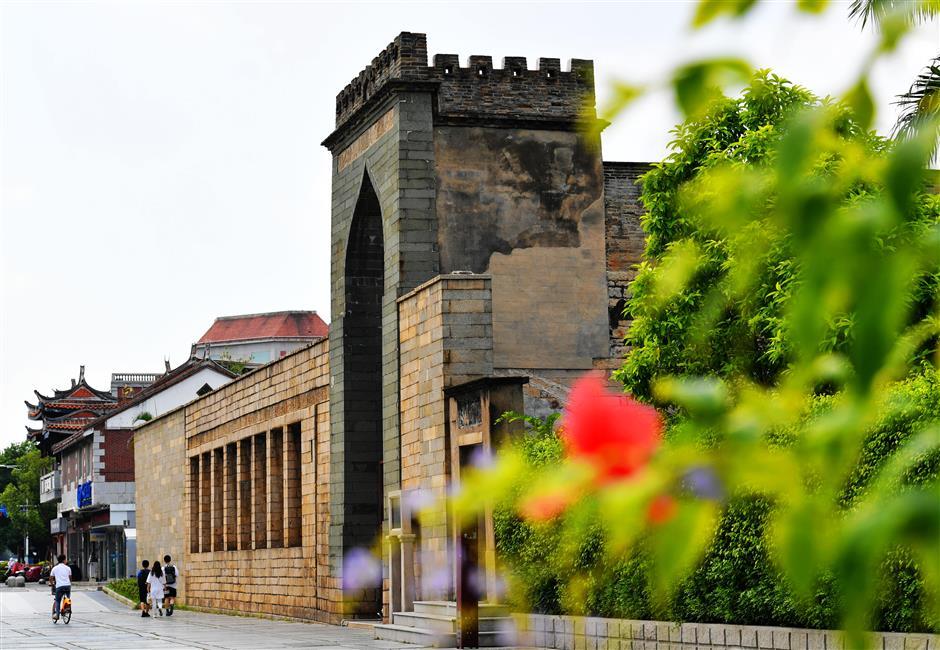 UNESCO ranks Quanzhou as an 'emporium to the world' in granting heritage status