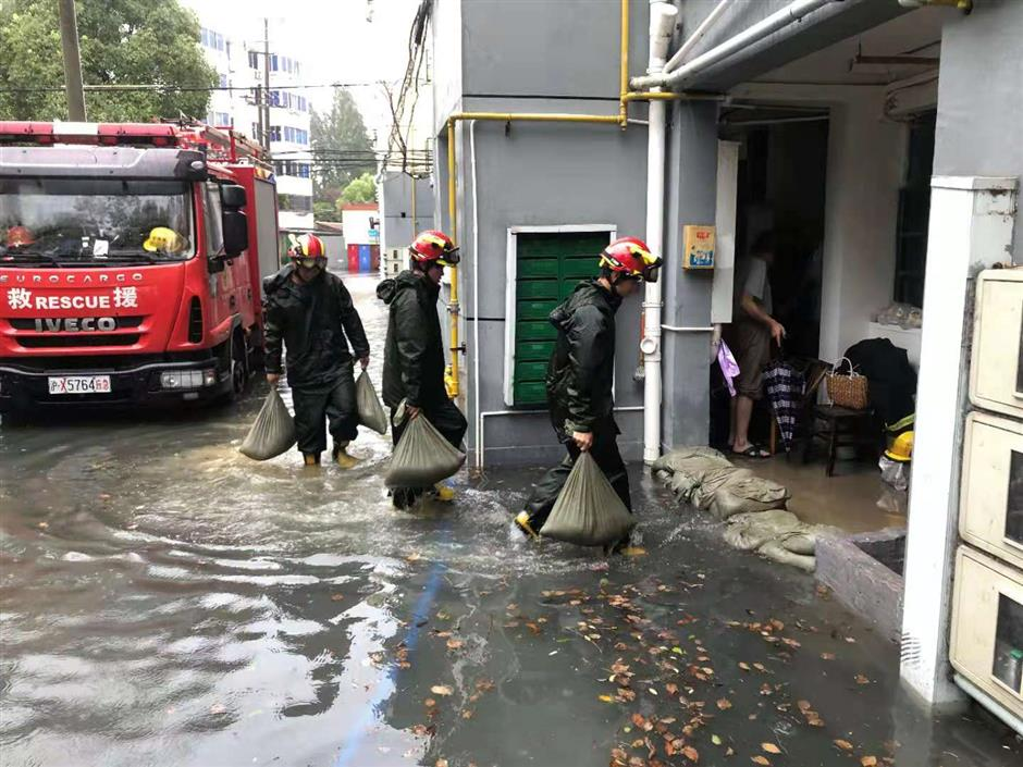 Jinshan in the city hit by major flooding