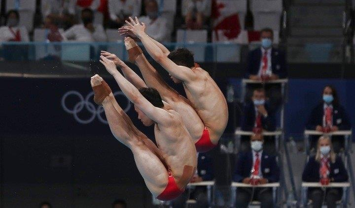 Chinese divers Wang/Xie win men's synchronised 3m springboard gold at Tokyo Olympics