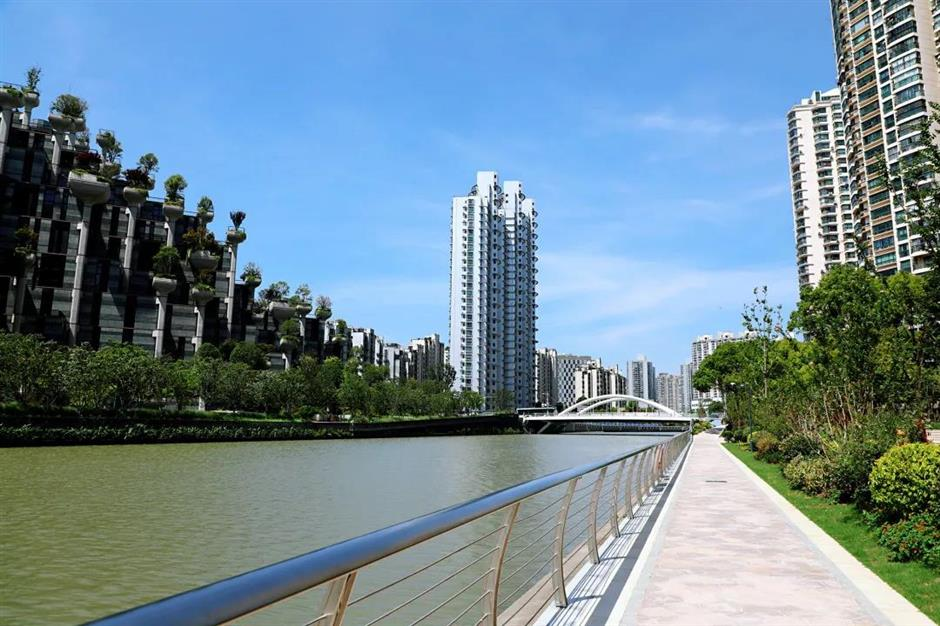 Opening of last 2 sections completes Putuo's 21km riverside walkway