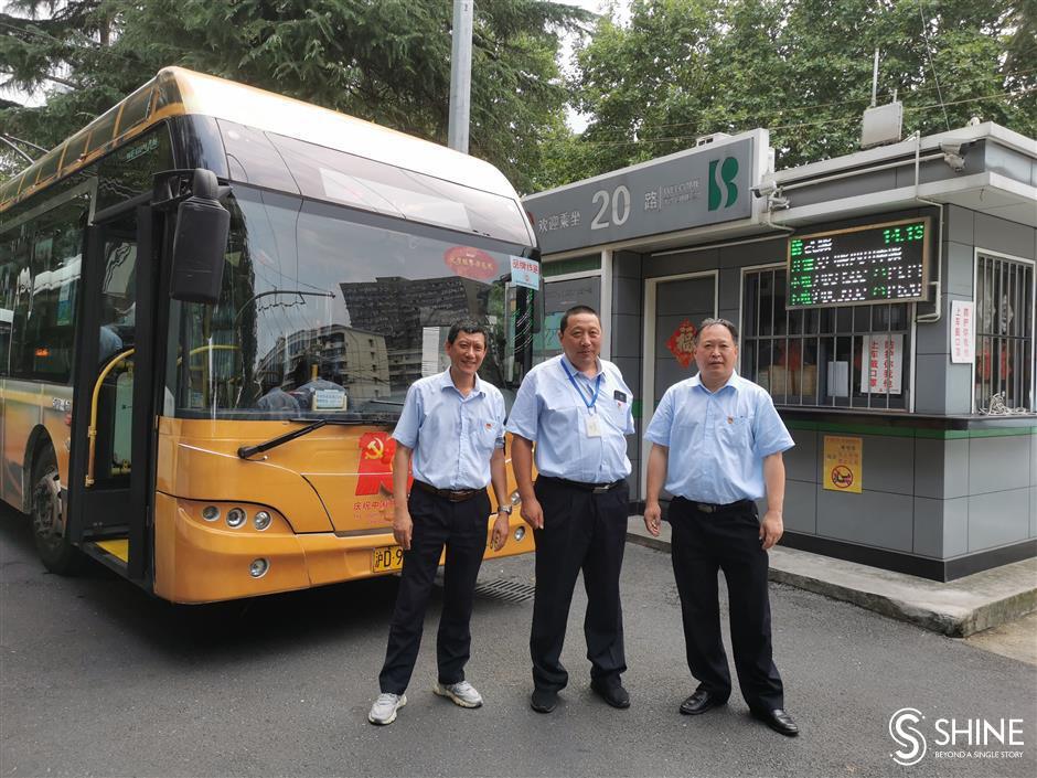 "Goodbye to ""ponytails""! City to further slash trolleybuses"