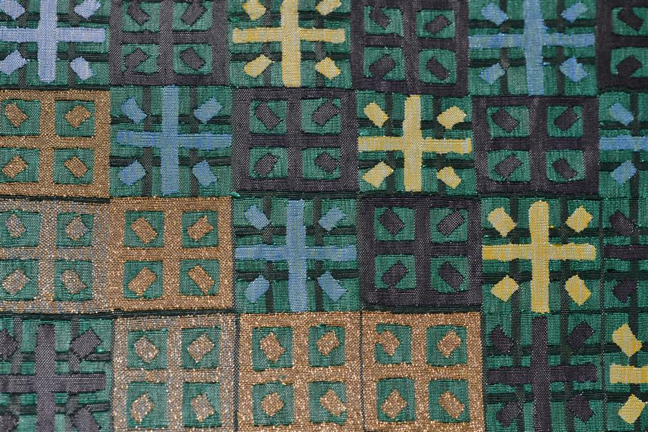 Author champions modernist Chinese silk weaving