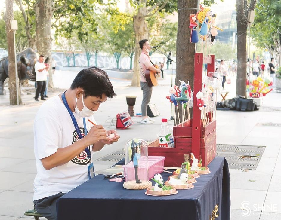 Buskers contribute a pleasing musical cadence to cityscape