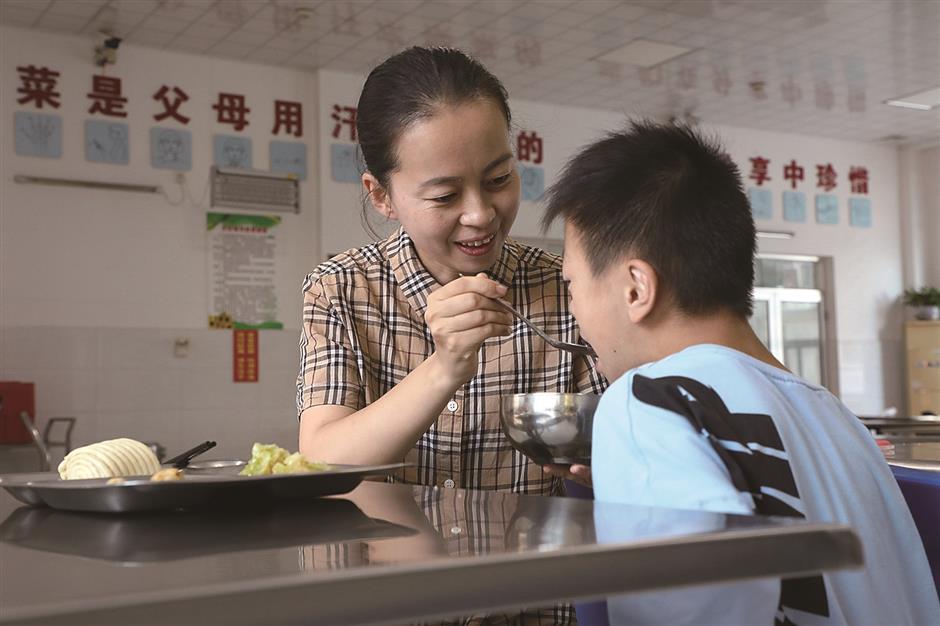 Salute to China's dedicated teachers on Teacher's Day