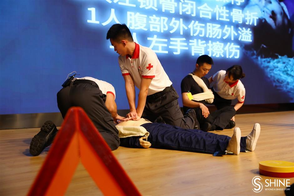 Red Cross first-aid training for transportation staff